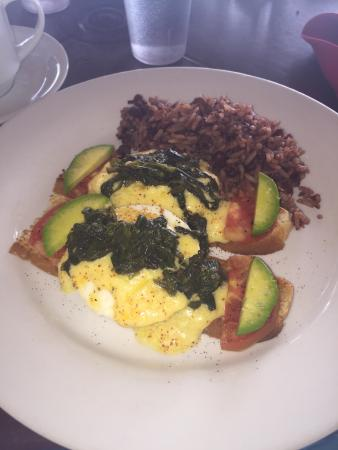 The Turned Turtle Restaurant at Little Corn Beach and Bungalow: photo0.jpg