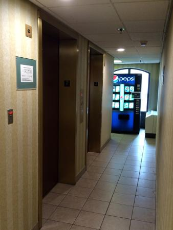 Days Inn Baltimore Inner Harbor: photo4.jpg