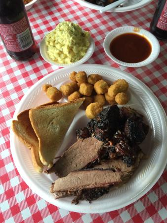 Denison, TX: Two Meat Plate (Burnt Ends and Sliced Brisket)