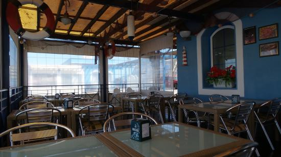 Cafe del Puerto : inside the Cafe