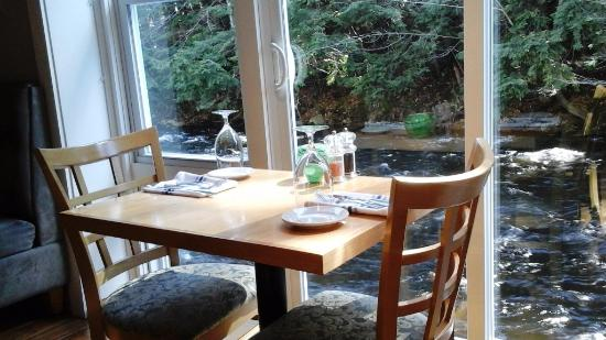 Peterborough, NH: Watch the Nubanusit Creek from the best seat is by the window.