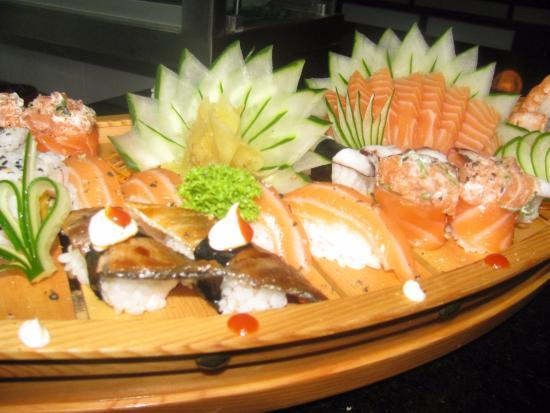 shogun sushi sushi moderno e bom atendimento e tima comida