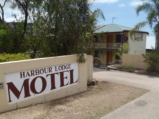 Harbour Lodge Motel: Entrance