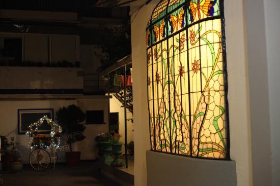 Hotel Casa Gonzalez : Stained glass