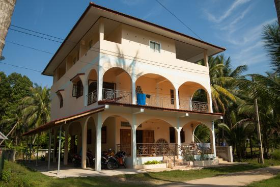 Yan Guest House
