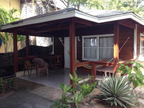 Foster's West Bay: CABAÑA STANDARD