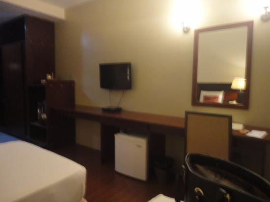 Allure Hotel & Suites Photo