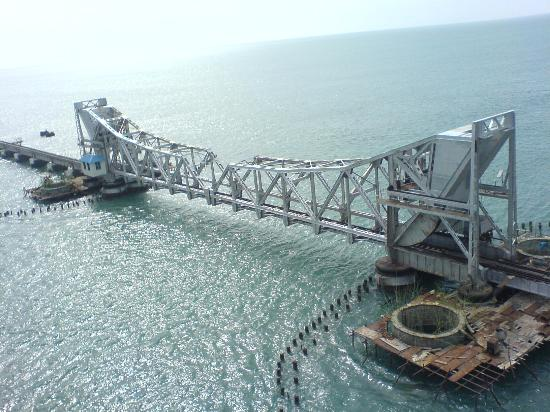 ‪Pamban bridge‬