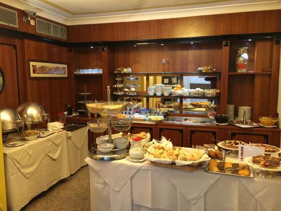 Marconi Hotel: photo2.jpg