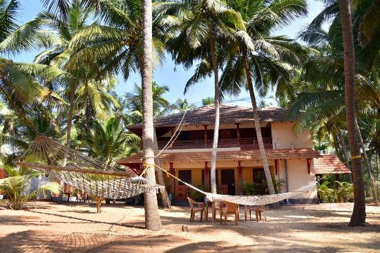 Avisa Beach House Kasaragod