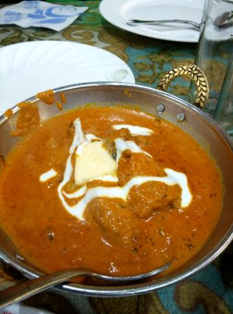 Hotel Paradise and Restaurant : Butter Chicken
