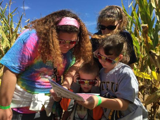 Coshocton, OH: Family fall fun at our giant corn maze