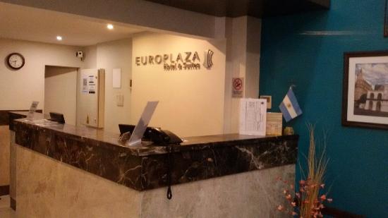 Europlaza Hotel & Suites: Recepción