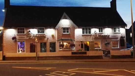 Stowmarket, UK : The Magpie Inn