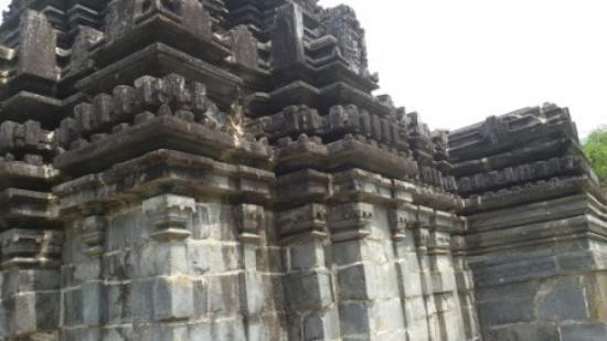 Sanguem, India: Temple