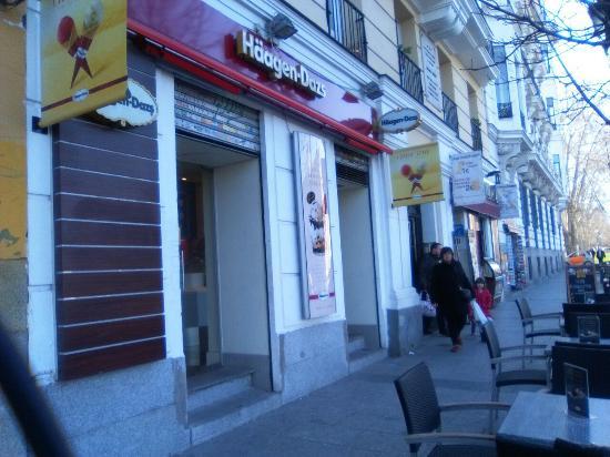 Haagen dazs bailen madrid omd men om restauranger for Ibis paseo del prado