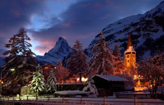 Zermatt Holidays: Zermatt by night