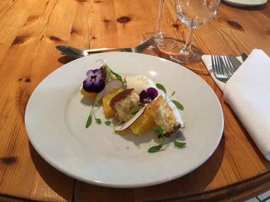 Freckenham, UK: Saffron pineapple, Coconut Sponge