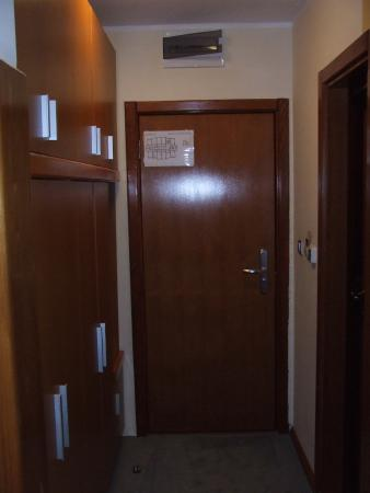 отель и местность Picture Of Hotel Aurora Novi Sad