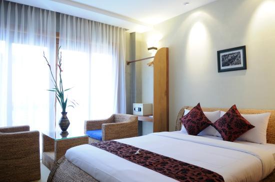 Frangipani Fine Arts Hotel: Suite