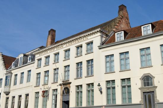 Relias oud huis amsterdam picture of canal boat tours bruges tripadvisor - Oud huis ...