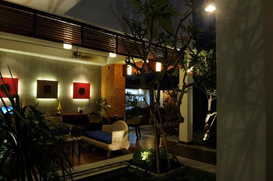 弗蘭吉帕尼美術酒店照片