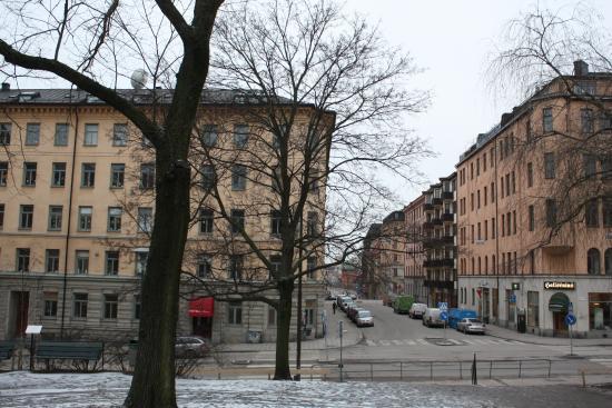 Vista do Hotel Bema, foto tirada da praça em frente