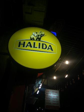 Pirates Bar, Hanoi