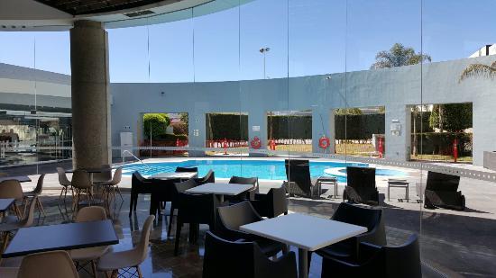 Holiday Inn Express San Luis Potosi: TA_IMG_20160312_112050_large.jpg