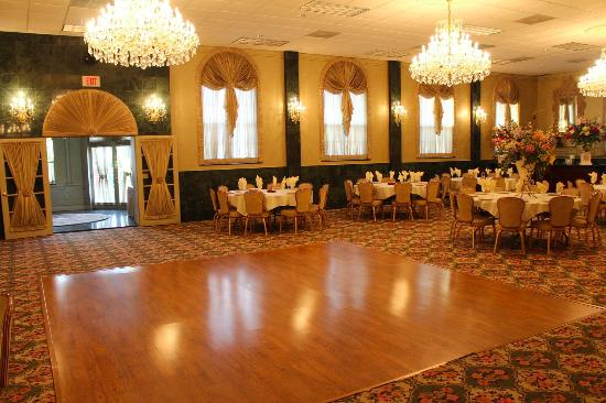 Maple Shade, Nueva Jersey: Ball Room