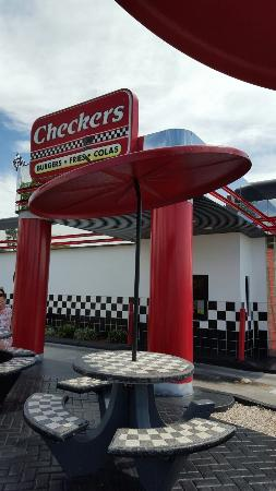 Rally's Hamburgers-Checkers