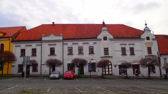 House c. 86 and 87-Stara Posta (Old Post Office)