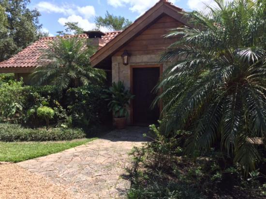 Blancaneaux Lodge: The Enchanted Cottage