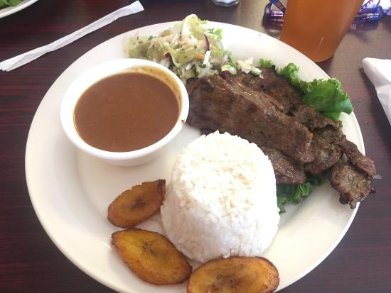 Que Rico Colombian Flavors : Steak was fabulous, sides bumped this up to incredible.