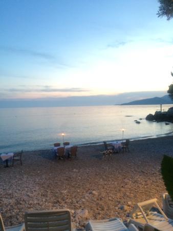 Villas Plat : Beach bar restaurant