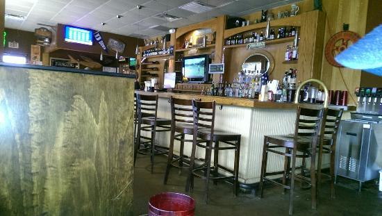Hoschton, GA: Inside