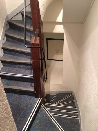 Hotel Pointe Rivoli : stairs