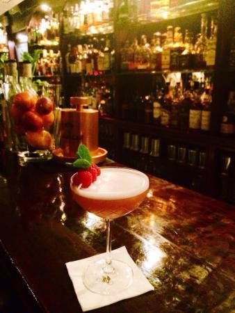 Tandem Cocktail Bar: Preparamos todo tipo de cocteles, dinos cómo te gusta?