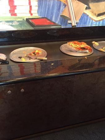 Me-N-Ed's Pizzeria