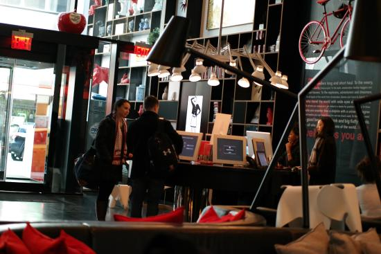 Self check-in and check out kiosks - Picture of citizenM New