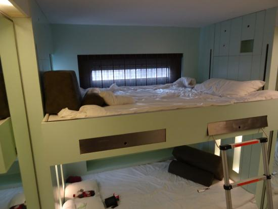 The Stay Club : This is the bunk beds, and we enjoyed our sleep!