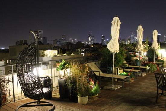 Center Chic Hotel Tel Aviv - an Atlas Boutique Hotel: Rooftop patio