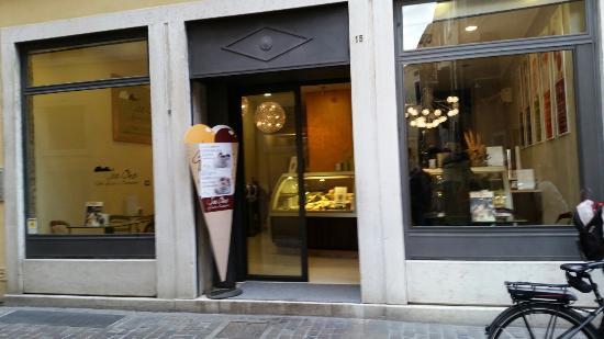 Ice One Caffe',Gelato & Cioccolato