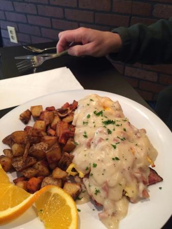 I'd Eat There : Southern Benedict