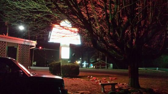Sunset Motel: 20160308_193554_large.jpg