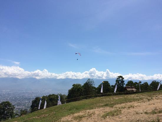 Paralayang di Matantimali: photo0.jpg
