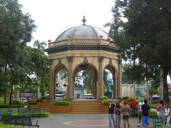 Enriquillo Park