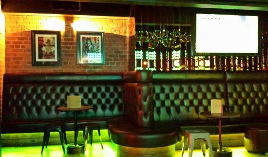 nice bar picture of soho liverpool liverpool tripadvisor. Black Bedroom Furniture Sets. Home Design Ideas