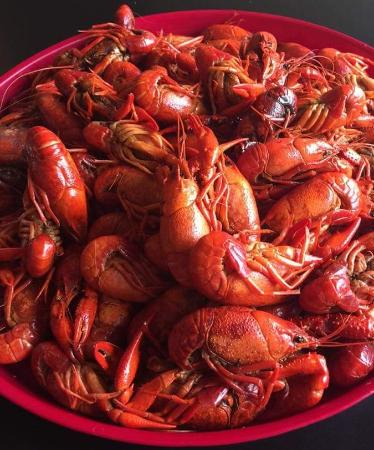 New Orleans Style Seafood Restaurant Market Hot Boiled Crawfish Yum