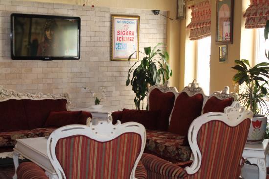 Diva's Hotel: Холл у рецепшн